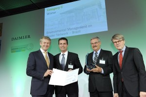 Mercedes-Benz do Brasil recebe prêmio ELA