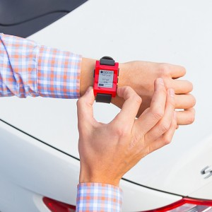 mercedes-benz-x-pebble-smartwatch-04