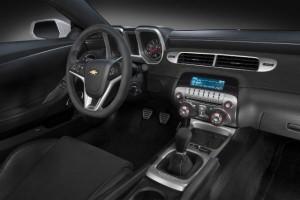 2014-Chevrolet-Camaro-Z28-3