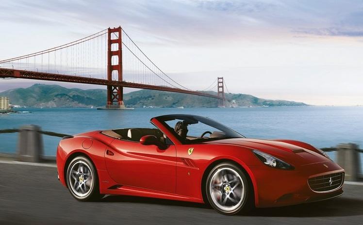 2014-Ferrari-California