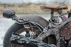 Steampunk-Wooden-Motorcycle-2