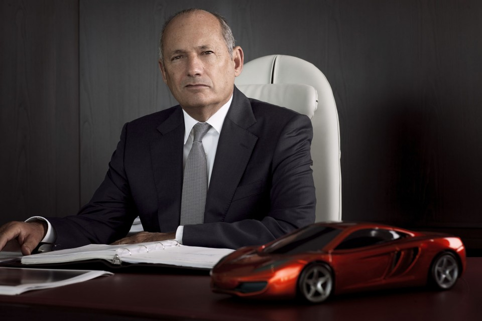 ron-dennis-mclaren-automotive-mp4-12c-portrait-photo-960x640