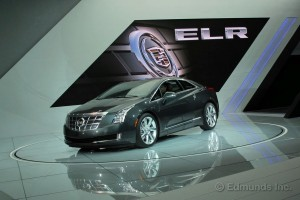 2014_cadillac_elr_f34_13-de-as_11513_600