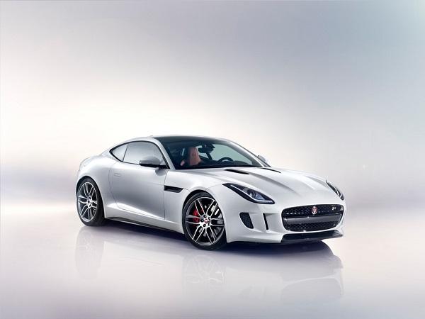 Jaguar F TypeR Coupe; de presente para o portuga?
