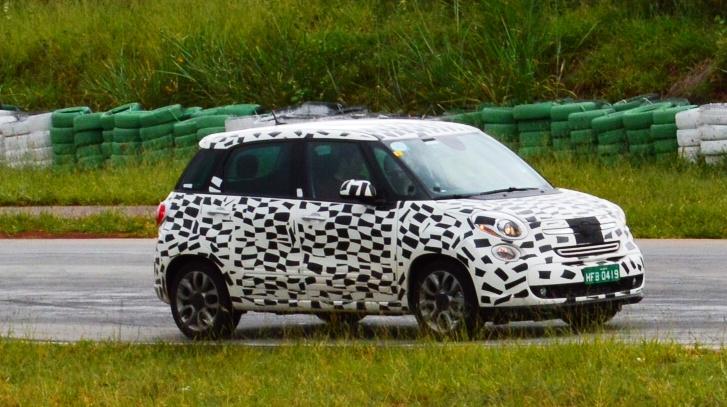 Jeep Renegade Ja Roda Em Testes Com Carroceria Definitiva Autos