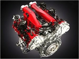 Ferrari reduz motor, aumenta performance, reduz emissões e consumo com dois turbos