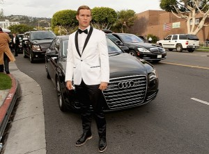 audi-teams-up-again-with-elton-john-for-aids-foundation-event-photo-gallery-medium_2