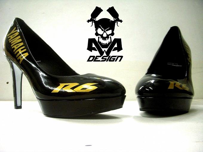 bike-branded-high-heels-look-very-sexy-photo-gallery-medium_3