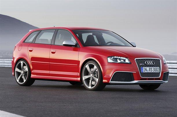 Audi-A3-22111010947264381600x1060
