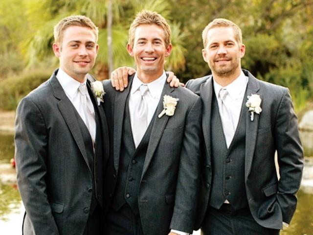 Paul e seus irmãos Cody e Caleb.