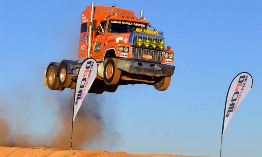Australia-Ash-Nichols-stuntman-truck-jump