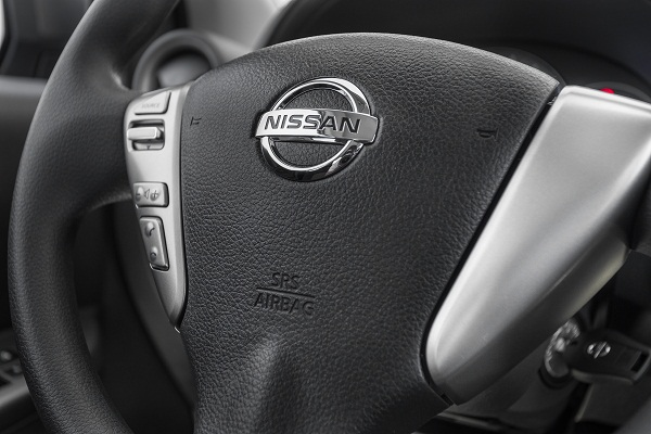 Nissan_New_March_1.0_SV-3352