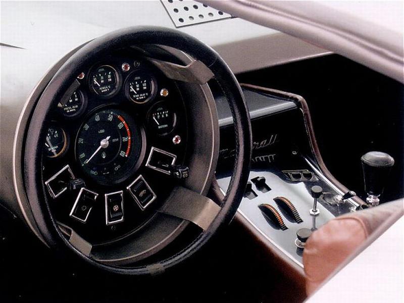 1972_ItalDesign_Maserati_Boomerang_interior_01