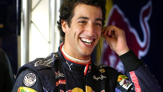 Ricciardo está rindo a toa com seus resultados em cima de Vettel