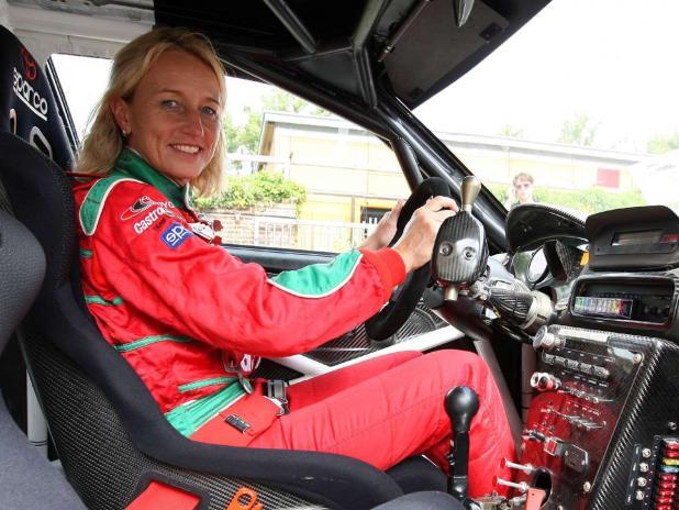 Isolde Holderied vai tocar o GT86 CS-R3