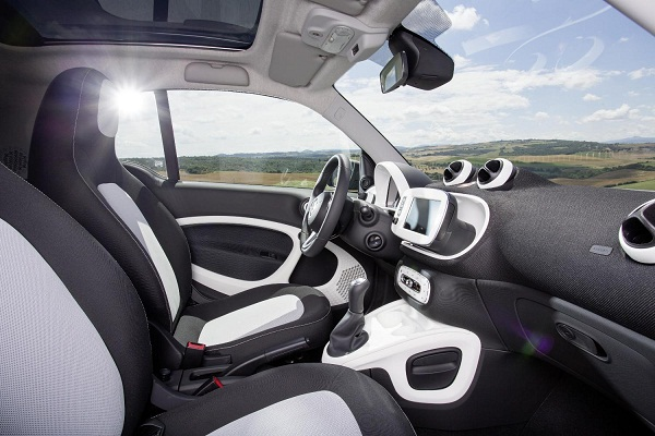 2015-smart-fortwo-forfour-specifications-officially-released-video-photo-gallery_8
