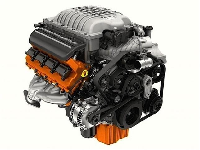 Pintado em bronze metálico lembrando o Chrysler Turbine, o Hellcat produz 717 cv – e pode superar os 1.000 cavalos de potência