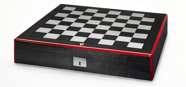 ferrari-carbon-fibre-chess-set-3