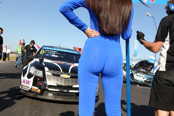 wtcc-2013-argentina-nykjaer-girl-496
