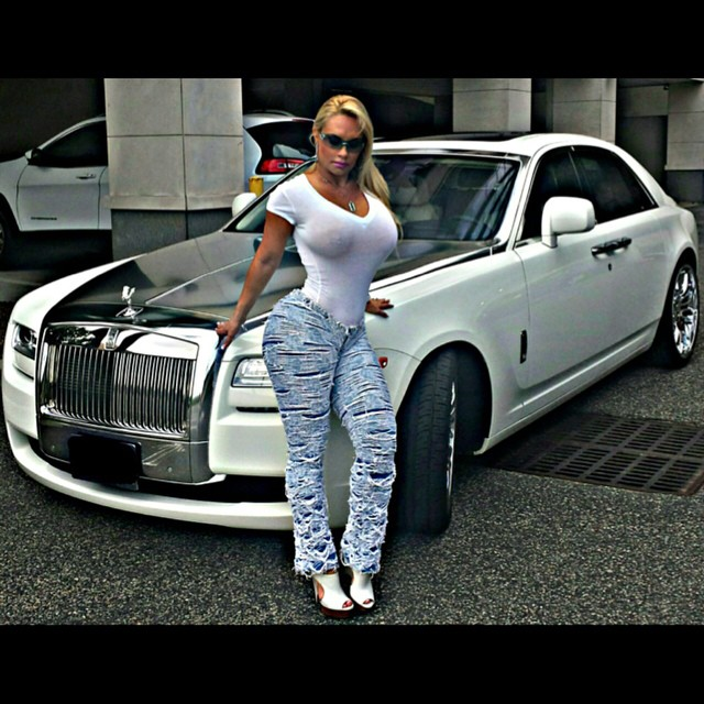 ice-t-and-coco-get-new-wrap-on-their-rolls-royce-ghost-86110_1