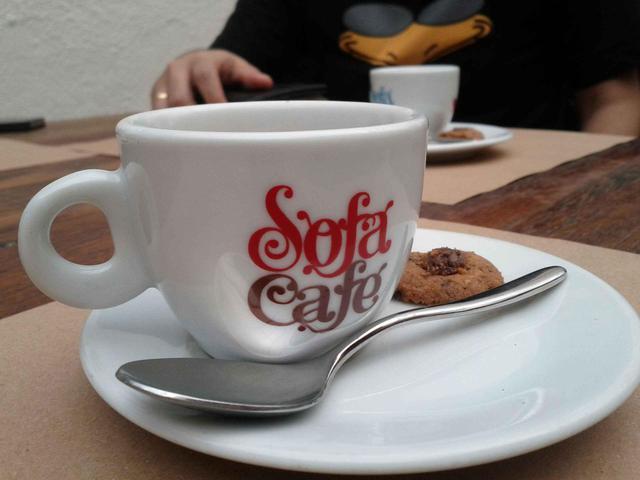sofa-cafe-2957344449402893