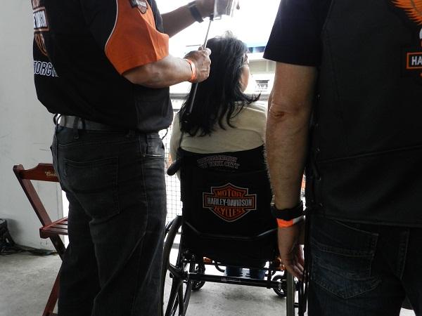 Teve até cadeira de roda Harley-Davidosn.,