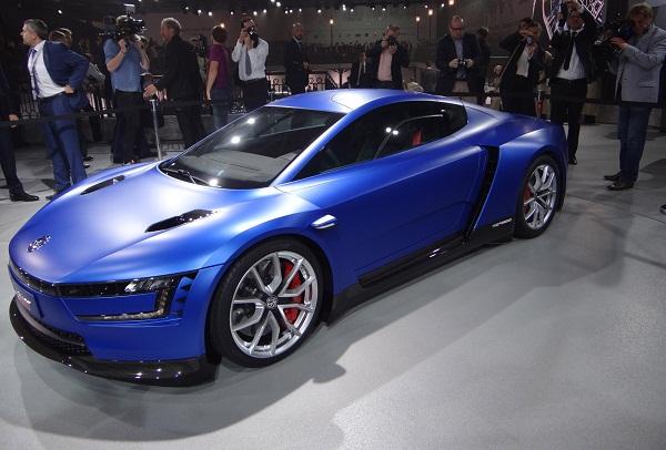 VW XL Concept. Bandeira de tecnologia com jeito de produção