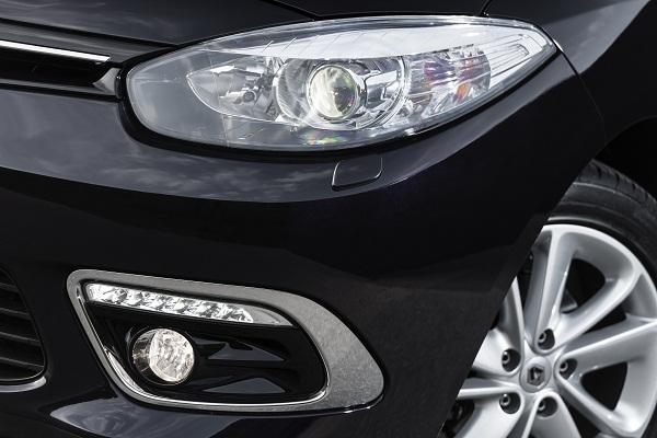 Novo_Renault_ Fluence 2015_04