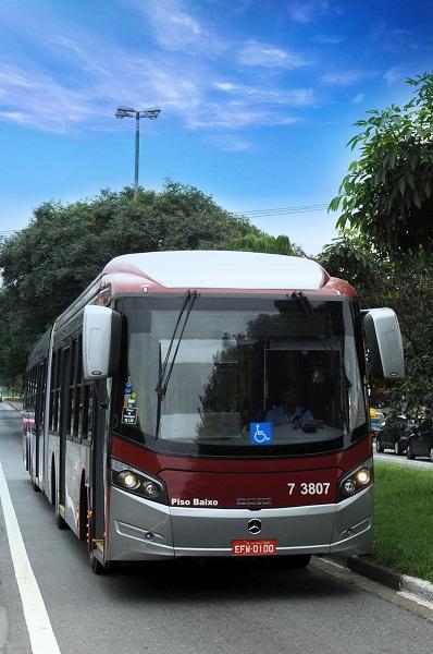 Corredor de transporte e ônibus de operação limpa querem mudar hábitos