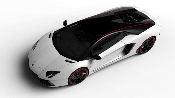 Lamborghini-Aventador-LP-700-4-Pirelli-Edition