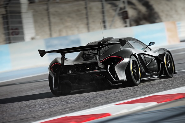 mclaren-p1-gtr-07-rear-three-quarter