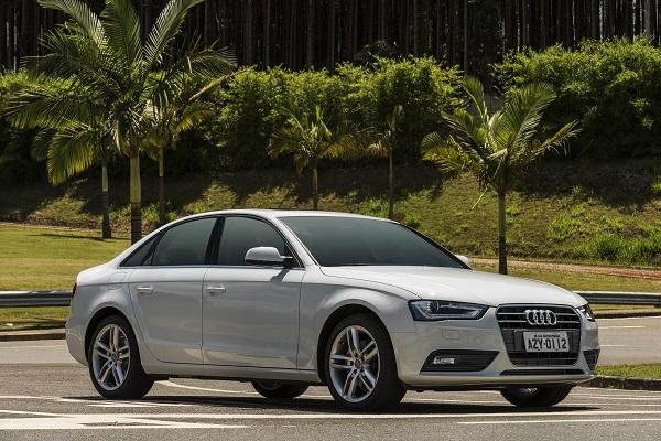 Audi A4. Motor diminui, torque aumenta