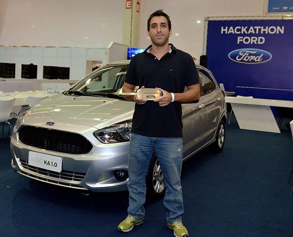 Daniel Socco e seu prêmio: o novovo Ford KA