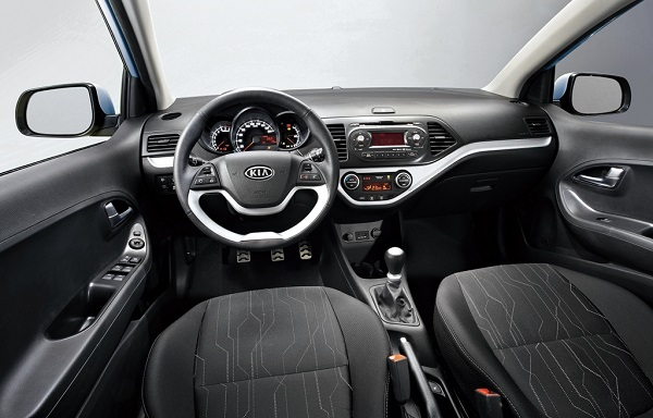 new-kia-picanto-interior-revealed-30069_1