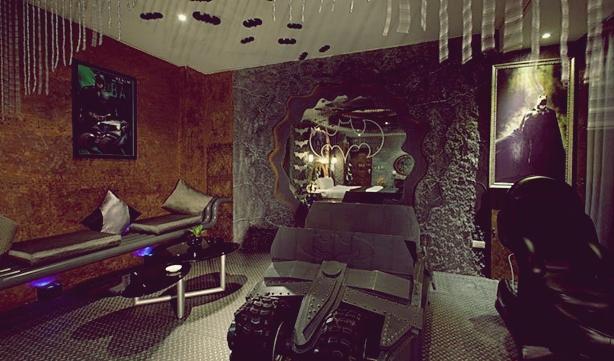 Batcave-Room-Decoration-at-Eden-Motel-Taiwan-03