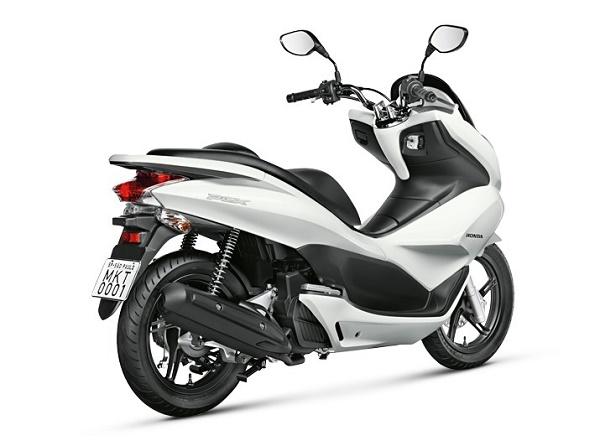 Nova-Honda-PCX-DLX-2015-06