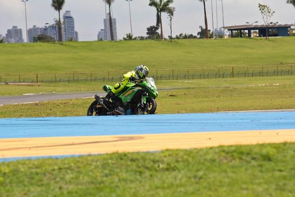 SuperBike Brasil - Etapa 1 2015 - Goiânia - Kawasaki Ninja 300
