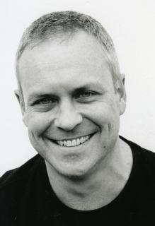 Mark Blake, o autor do livro