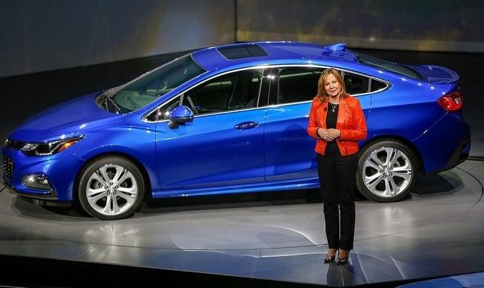 Mary Barra, presidente da GM, apresenta o Cruze