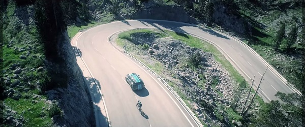 jaguar-f-pace-to-support-team-sky-at-tour-de-france-2015-video-photo-gallery_11
