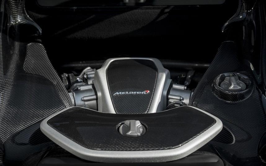 650S-engine_2870161k